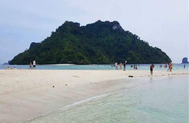 Four Islands & Phi Phi Islands